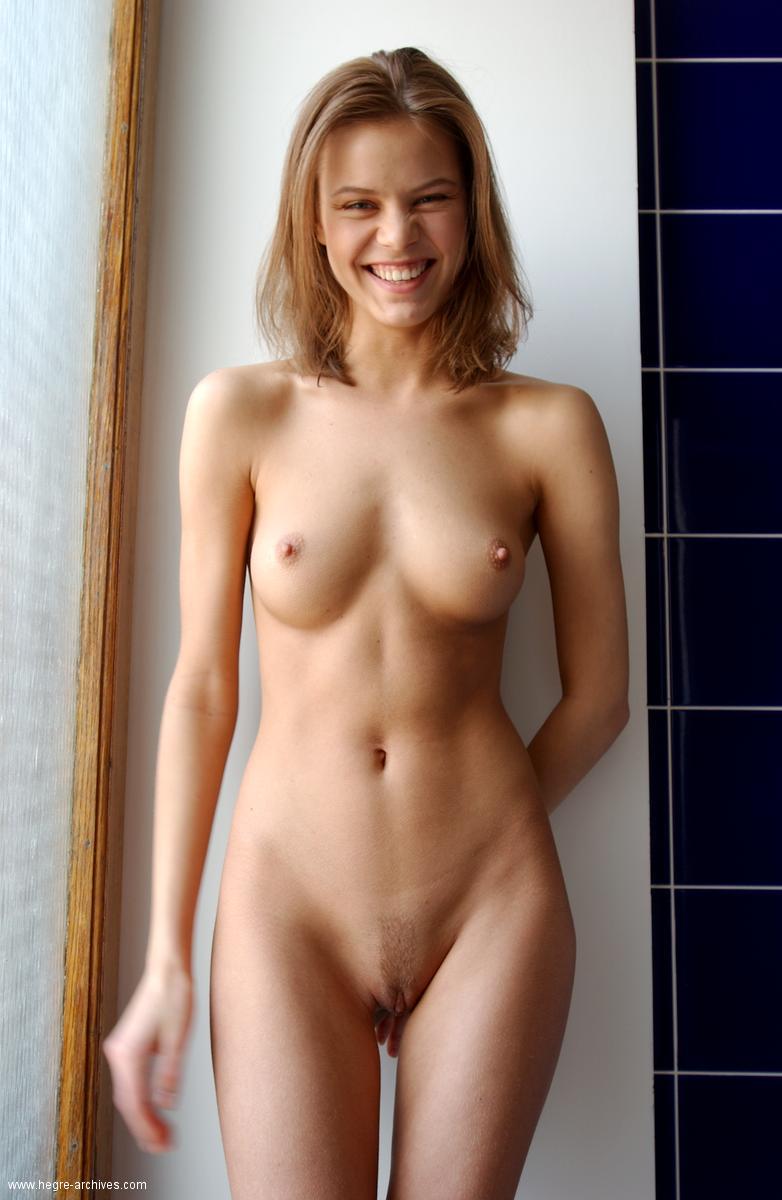 Attractive Belgian Girls Naked Pics